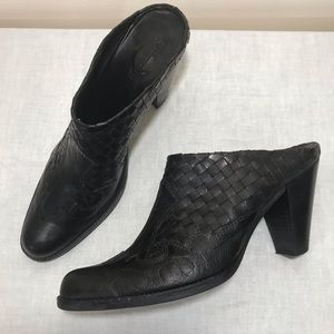 Sesto Meucci Woven Leather Booties Clogs Black